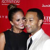 John Legend et sa superbe femme, Petra Nemcova... Soirée chic avant le Super Bowl