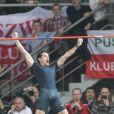 Renaud Lavillenie est entré dans l'histoire du saut à la perche le 31 janvier 2014 en franchissant 6,08 m lors du meeting de Bydgoszcz, en Pologne