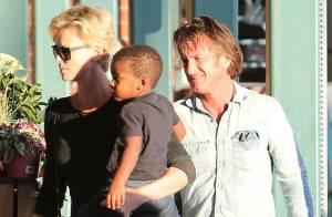 Charlize Theron et Sean Penn : Baisers fougueux, câlins... l'idylle au grand jour