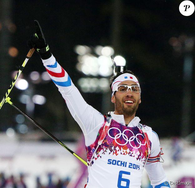 Martin Fourcade a décroché l'or olympique lors de la poursuite en biathlon, offrant à la France sa première médaille d'or, le 10 février 2014 à Sotchi