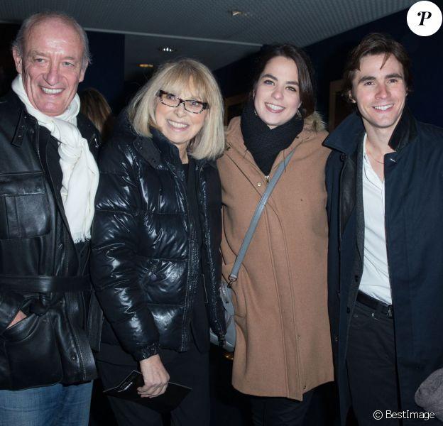 """Mireille Darc et son mari Pascal Desprez, Anouchka Delon et son compagnon Julien Dereins - Arrivées à la première du film """"Monuments Men"""" à l'UGC Normandie à Paris le 12 février 2014."""