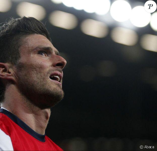 Olivier Giroud, attaquant d'Arsenal ici le 30 janvier 2013, est dans la tourmente suite aux révélations du Sun lui prêtant une nuit avec un mannequin, Celia Kay, la veille du match contre Crystal Palace, la nuit du 1er au 2 février 2014.
