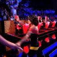 Jenifer sublime en robe Christopher Kane dans The Voice 3, le samedi 22 février 2014 sur TF1