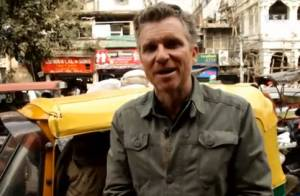 Denis Brogniart en Inde : L'animateur enfourche sa Royal Enfield pour New Delhi