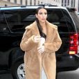 Kim Kardashian, de passage au centre commercial Saks Fifth Avenue à New York . Le 25 février 2014.