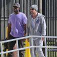 Jeremy Bieber devant la prison de Miami pour en sortir son fils Justin Bieber, le 23 janvier 2014.