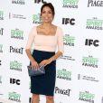 Rosario Dawson pose lors du photocall des Film Independent Spirits Awards à Los Angeles le 1er mars 2014.