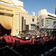 Atmosphère près du Dolby Theatre où se tiennent les Oscars - 24 février 2013