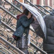 Kristen Stewart : Stylée en minijupe face à Kate Bosworth et Alec Baldwin