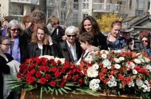 Obsèques de Jean-Louis Bertuccelli : Sa fille Julie et Eva Darlan dans le deuil
