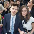 Keira Knightley et son mari James Righton au défilé Chanel au Grand Palais à Paris. Le 4 mars 2014