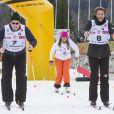 Le prince Albert II de Monaco et le prince Emmanuel-Philibert de Savoie s'élancent lors de l'événement World Stars Ski au profit de Star Team for Children, association fondée par le prince Albert II de Monaco, le 22 mars 2014 à Seefeld in Tyrol, en Autriche.