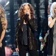 Carrie Underwood, Bonnie Raitt et Emmylou Harris - Concert d'intronisation au Rock and Roll Hall of Fame, à New York le 10 avril 2014.