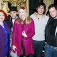 Pascale Ackermann, Capucine Ackermann, Hugo F, Jonathan Dassin - Show Case du chanteur Hugo F au théâtre Daunou à Paris le 2 décembre 2013.