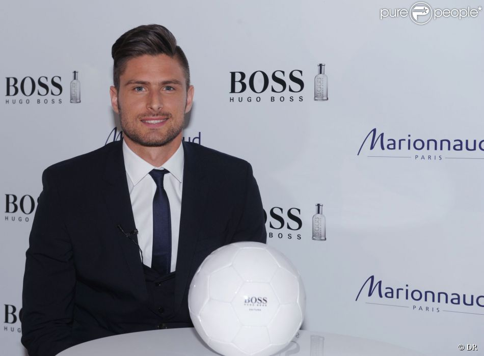 olivier giroud g rie s ductrice et charmeuse pour hugo boss et ses fans purepeople. Black Bedroom Furniture Sets. Home Design Ideas