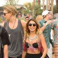 Vanessa Hudgens et Austin Butler assistent aux concerts du 2e week-end du Festival de musique de Coachella à Indio (Californie), le 18 avril 2014.