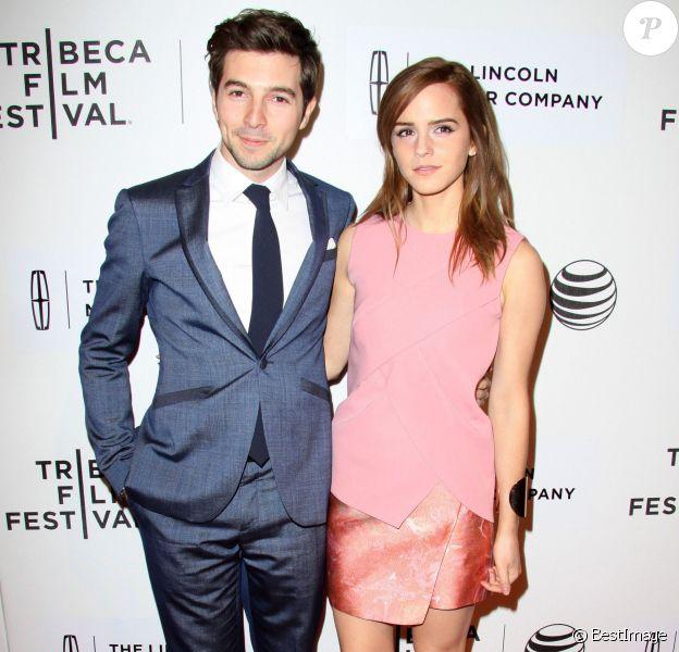 Emma Watson (en Narciso Rodriguez), Roberto Aguire à la première du film Boulevard au Festival de Tribeca 2014 à New York, le 20 avril 2014.