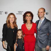 Sophia Loren : Icône, maman et grand-mère aux anges et glamour à 79 ans