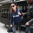 Kristen Stewart a quitté son hôtel pour aller faire un shooting photo dans les studios de Karl Lagerfeld à Paris. Le 4 février 2014