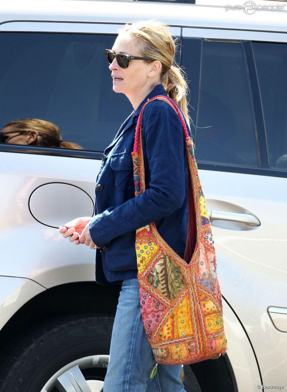 Exclusif - Julia Roberts à Los Angeles, le 13 mars 2014.