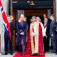 Les princesses héritières Mette-Marit de Norvège et Mary de Danemark ont assisté ensemble à un service en la cathédrale de Kristiansand (Norvège), le 9 mai 2014, pour les 150 ans de la bataille d'Héligoland, dernière bataille navale de la marine danoise.