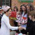 La princesse mary de Danemark a découvert en compagnie de la première dame polonaise Anna Komorowska le Musée Frédéric Chopin à Varsovie, le 12 mai 2014