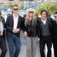 Willem Dafoe, Nicolas Winding Refn, la présidente Jane Campion, Gael Garcia Bernal, Zhangke Jia lors du photocall du jury du Festival de Cannes du 14 mai 2014