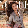 Irina Shayk en couverture du numéro de novembre 2013 de Vogue España.