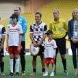 Fernando Alonso disputait avec le prince Albert de Monaco le World Stars Football Match au stade Louis II de Monaco, le 20 mai 2014