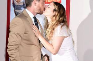 Drew Barrymore, une jeune maman pulpeuse et folle amoureuse face à Adam Sandler