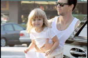 PHOTOS  EXCLUSIVES : Mark Wahlberg, un super papa !