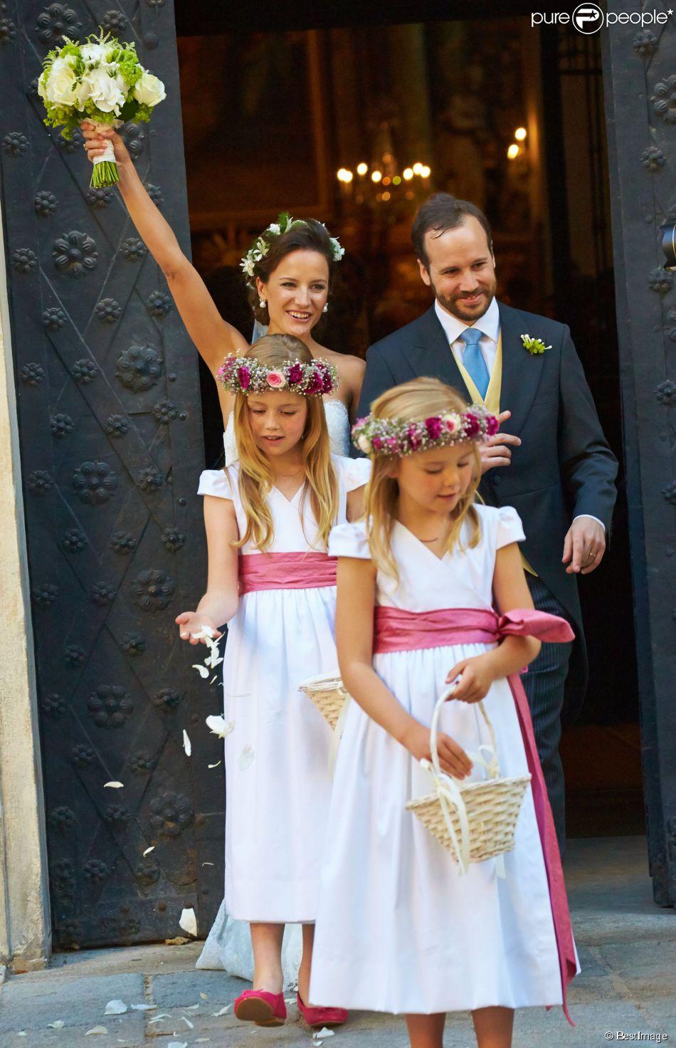 Maxima des pays bas et ses filles sublimes au mariage de for Bas les robes de mariage arkansas
