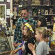 David Arquette emmène sa fille Coco faire du shopping pour son anniversaire. Los Angeles, le 12 juin 2014.