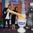 Adrien Galo et sa compagne Sofia Essaidi assistent en avant-première à l'inauguration de la nouvelle attraction Ratatouille, à Disneyland Paris, à Marne-la-Vallée, le 21 juin 2014.