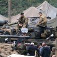 """Brad Pitt et Shia Labeouf sur le tournage du film """"Fury"""" en Angleterre le 30 septembre 2013."""