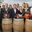 Bernard Montiel, Sofia Essaidi, Nathalie Dessay, Eric Serra, Corinne Touzet, Fauve Hautot, Joel Dupuch, Antoine Dulery, et Laurent Naouri prennent la pose pour les vins Bordeaux Rosés durant La Fête Du Vin 2014 à Bordeaux, le 28 juin 2014.