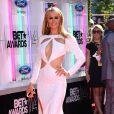 """Paris Hilton sur les tapis rouge des """"BET Awards"""" à Los Angeles le 29 juin 2014."""