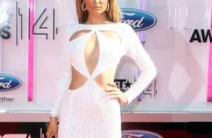 BET Awards 2014 : Paris Hilton et Ashanti décolletées, duel de bombes au sommet