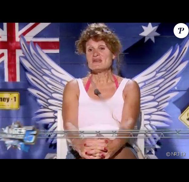Frédérique divise au sein de la maison (Les Anges de la télé-réalité 6 - épisode du mercredi 2 juillet 2014.)