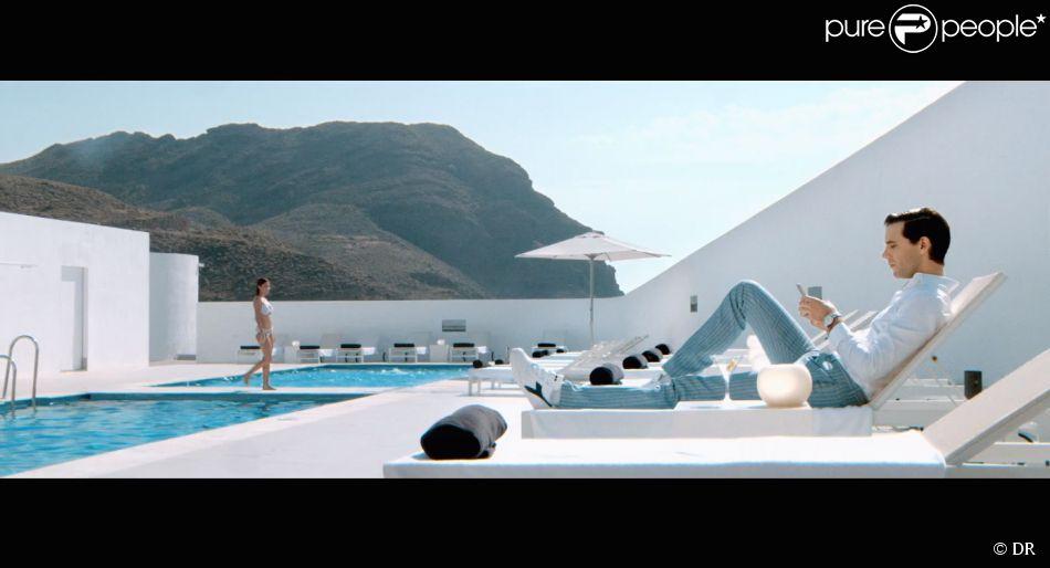 """Image du clip """"Boom Boom Boom"""" de Mika, réalisé parJonathanLia, juillet 2014."""