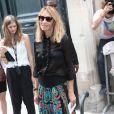 Alexandra Golovanoff arrive au musée Rodin pour assister au défilé haute couture Christian Dior automne-hiver 2014-15. Paris, le 7 juillet 2014.