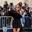 Anna Dello Russo arrive au musée Rodin pour assister au défilé haute couture Christian Dior automne-hiver 2014-15. Paris, le 7 juillet 2014.
