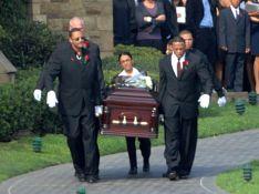 REPORTAGE PHOTOS : Le désespoir de Dr. Dre à l'enterrement de son fils...