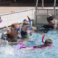 Le prince William participe à un entraînement de plongée avec le British Sub-Aqua Club (BSAC) au centre aquatique Oasis Leisure Centre à Londres, le 9 juillet 2014.  9th July, 2014: Britain's Prince William, The Duke of Cambridge, is pictured as he snorkels with British Sub-Aqua Club (BSAC) members at a swimming pool in central London on July 9, 2014.09/07/2014 - Londres
