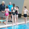 Camilla Parker Bowles inaugurant une piscine à Aberdeen le 8 juillet 2014