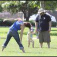 Jack Black et sa tribu dans un parc californien...