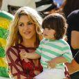 La chanteuse Shakira et son fils Milan (1 an) - La chanteuse Shakira, son compagnon Gerard Piqué et leur fils Milan lors de la finale de la coupe du monde de la FIFA 2014 Allemagne-Argentine à Rio de Janeiro, le 13 juillet 2014.