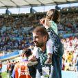 La chanteuse Shakira et son compagnon Gerard Piqué - La chanteuse Shakira, son compagnon Gerard Piqué et leur fils Milan lors de la finale de la coupe du monde de la FIFA 2014 Allemagne-Argentine à Rio de Janeiro, le 13 juillet 2014.