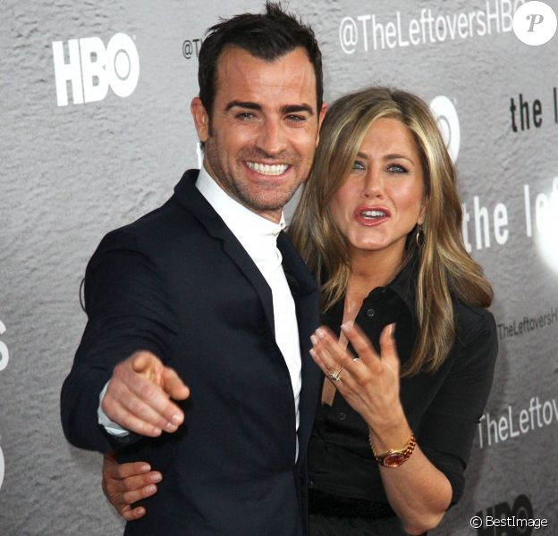 Justin Theroux et sa fiancée Jennifer Aniston lors d'une première The Leftovers à New York le 23 juin 2014.