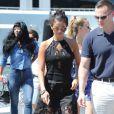 Selena Gomez est allée faire du shopping chez Dior à Saint-Tropez, le 23 juillet 2014.
